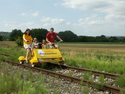 Four-wheeled draisine for tourism